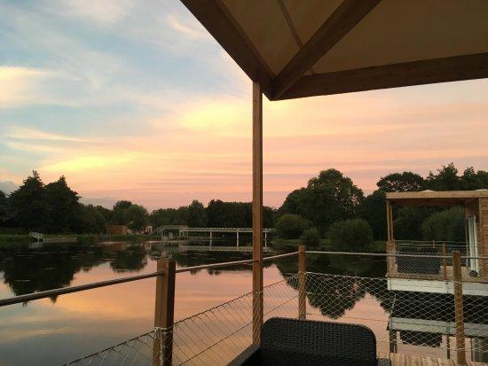 Guegon, Francja: Sunset sur Ti War An Dour.