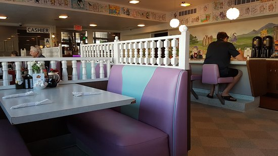 einrichtung picture of waffle spot san diego tripadvisor. Black Bedroom Furniture Sets. Home Design Ideas