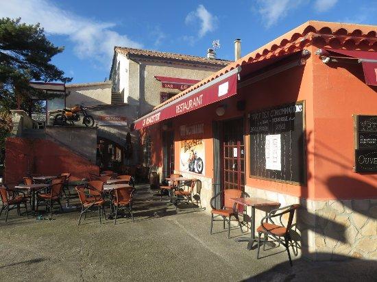 Ardeche, Frankrike: Biker Bar well set up with biker stuff