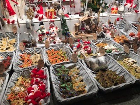 Kultur- und Weihnachtsmarkt Schloß Schönbrunn: おしゃれな屋台の数々