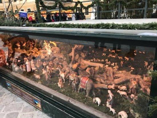 Kultur- und Weihnachtsmarkt Schloß Schönbrunn: かわいらしい展示も