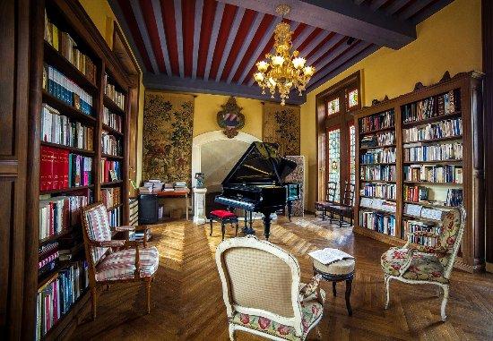 La Flocellière, France : la bibliotheque du chateau