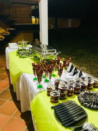 Puerto Gaitan, โคลอมเบีย: Cena de san silvestre