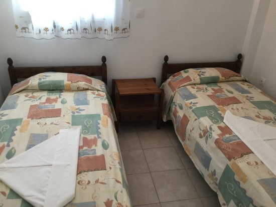 Maritsa Studios: 2nd Bedroom