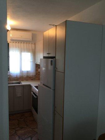 Maritsa Studios: Kitchen