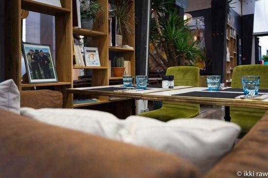 Incroyable Hotel Libera Caen Colombelles: Salon Cosy