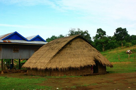 Nice house style picture of remorque cambodia tour siem for Tours of nice houses