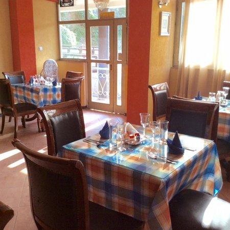 The Lion's Den Hotel Foto