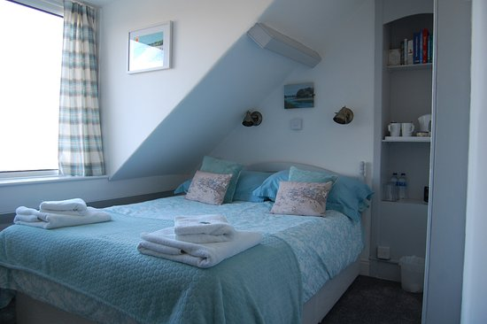 Tregenna Guest House: Our small double or single room