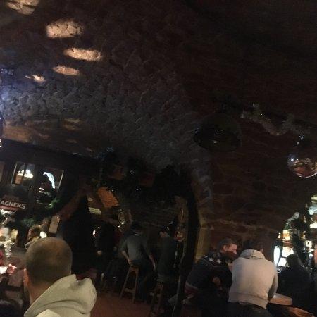 O'Sheas Irish Pub & Biergarten: photo1.jpg