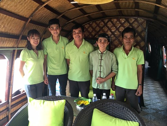 Mango Cruises: Our wonderful crew aboard the Bouganvillea.