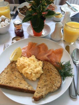 Woodlands Windermere: Breakfast one morning