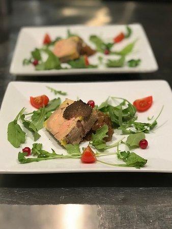 Hotel Le Patti : Foie gras de canard maison et truffes noires mélanosporum.