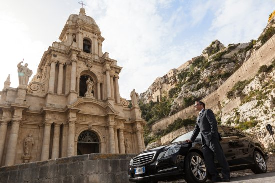 Noto, Italy: Luxury driver/guide in Sicily
