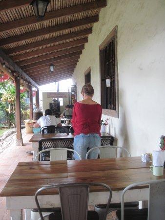 San Rafael de Escazu, Costa Rica: Una casa que tiene 130 año de antiguedad.