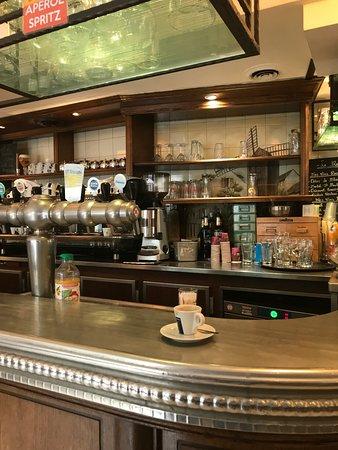 Nanteuil-les-Meaux, France: Bar