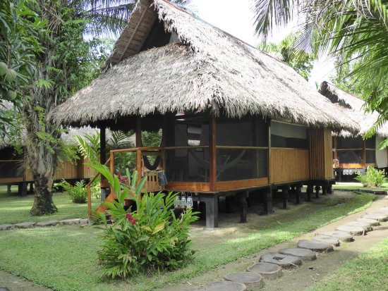 Inkaterra Reserva Amazonica: Our cabana - cool, airy, so comfortable