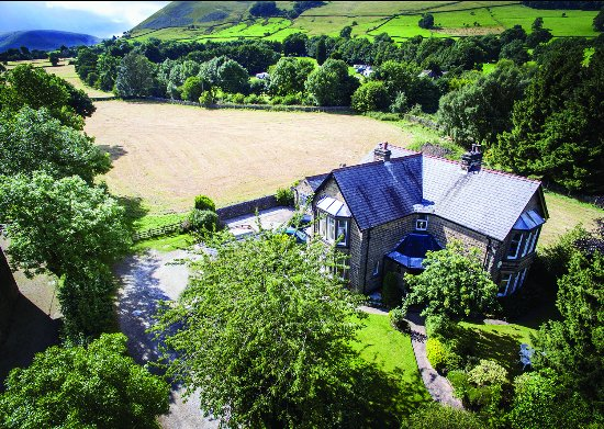 Stonecroft Country Guest House: Stonecroft Country Guesthouse in the beautiful Edale Valley.
