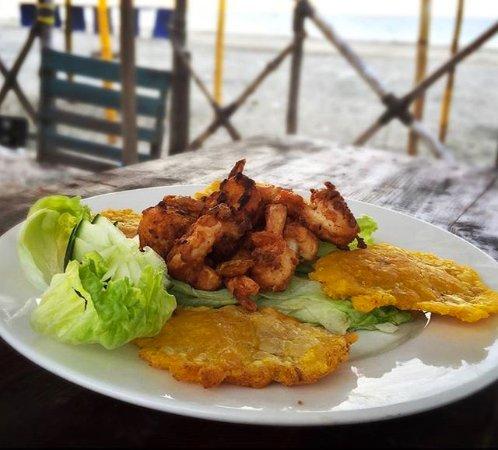 Mirador Restaurante Bar: langostinos con patacón