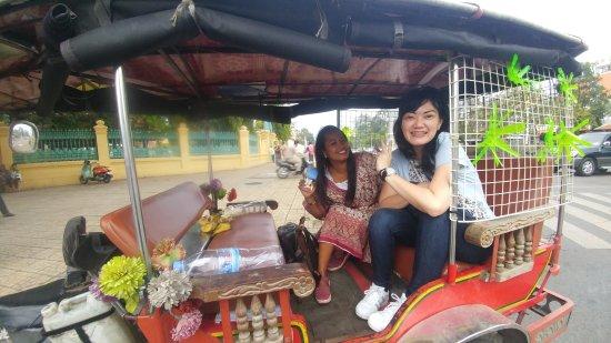 Suntours in Phnom Penh