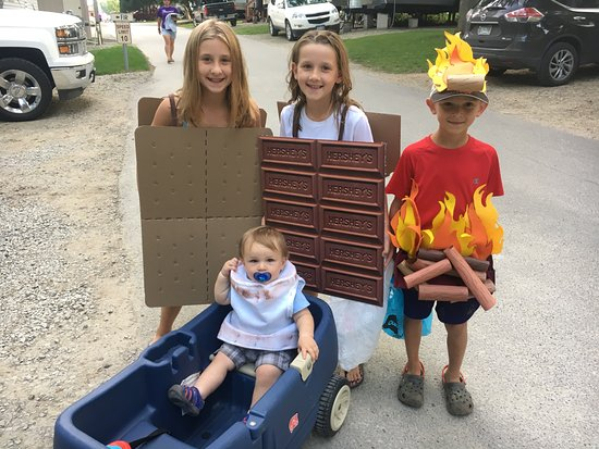 Waseca, MN: Some of our favorites costumes from the 2017 Halloween in August!