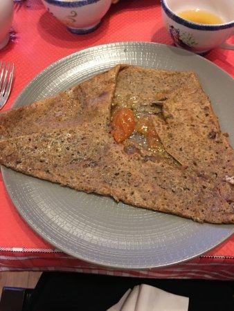 Crêperie Au Vieux Vannes : galette confiture abricot