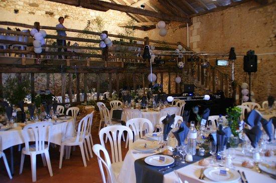 Puyrenier, France: Réception de mariage
