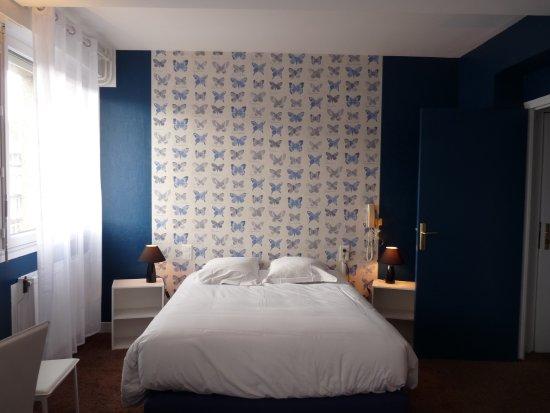 hotel patton avranches france voir les tarifs 92 avis et 45 photos. Black Bedroom Furniture Sets. Home Design Ideas