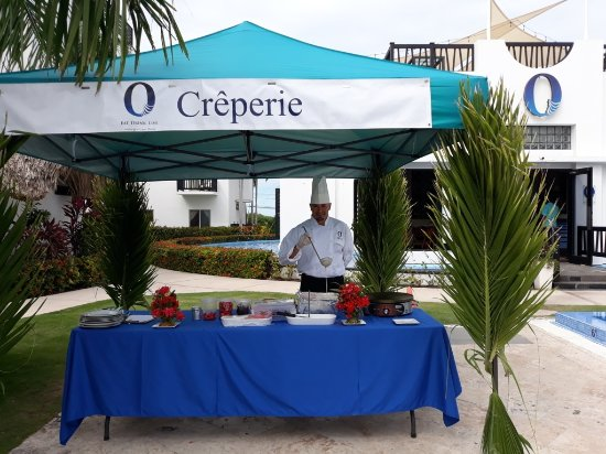 New O Creperie Created Poolside For Breakfast Picture Of O