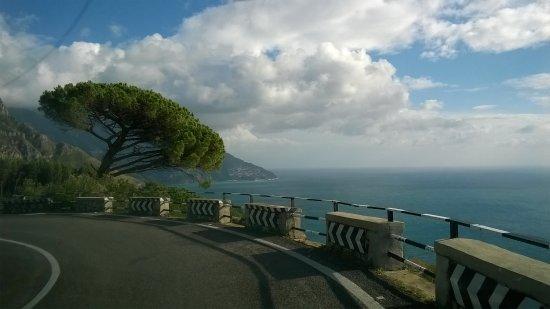 Sorrento, Positano and Amalfi Day Tour from Naples: Panorama della costa