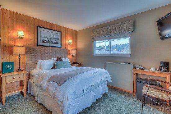 Maritime Inn: The Veteran Room #5