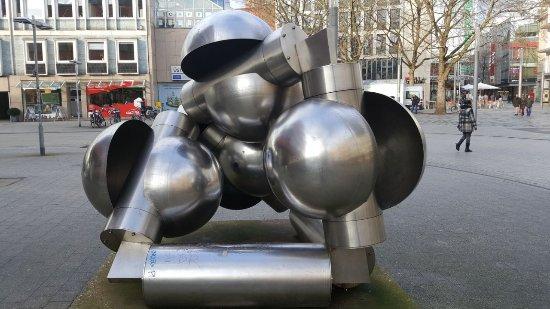 """Skulptur """"Anemokinetisches Objekt 2"""""""