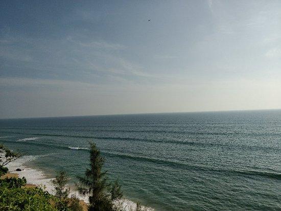 Varkala SeaShore Beach Resort: IMG_20171221_161738_large.jpg