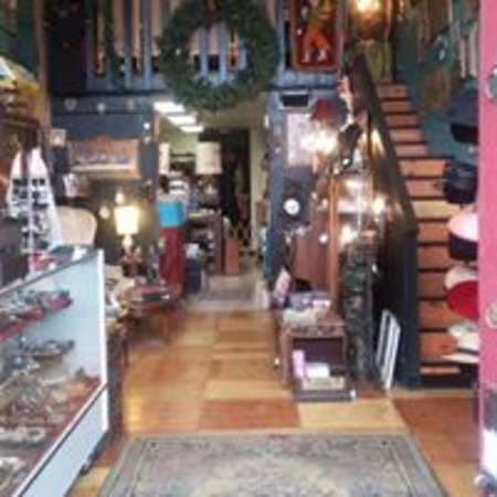 25th Street Treasures, LLC: This is a darling little variety shop located on Historic 25th Street in Ogden, Utah.