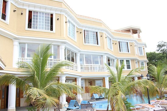 Lebon appart hotel 64 7 5 prices guest house for Appart hotel rosas