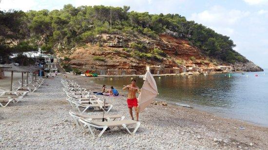 Playa Cala Salada: zona attrezzata