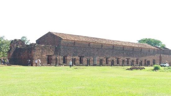 San Cosme y Damian, Paraguai: Fachada da Missão de San Cosme
