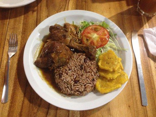Restaurante Lidia's Place: Pollo en salsa caribeña - Poulet in karibischer Sauce