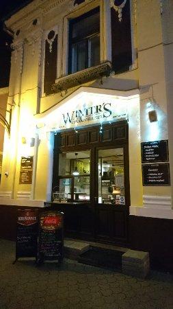 Winter's Cafe & Restaurant