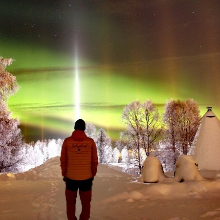 Rovaniemi, Finska: Enjoying this amazing view, northern lights are amazing