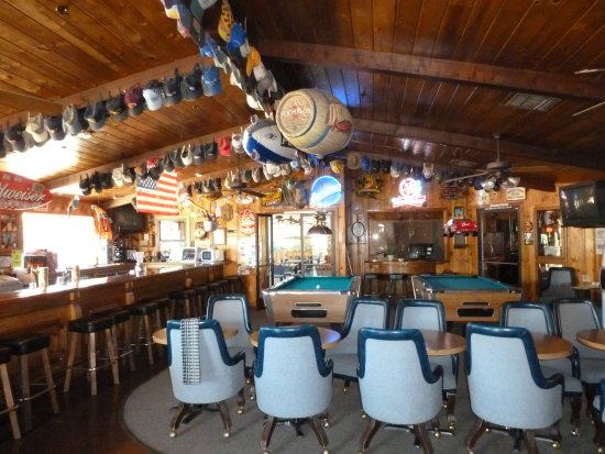 Lakehead, CA: Our Lounge, Shasta Lake, Lakeshore Inn