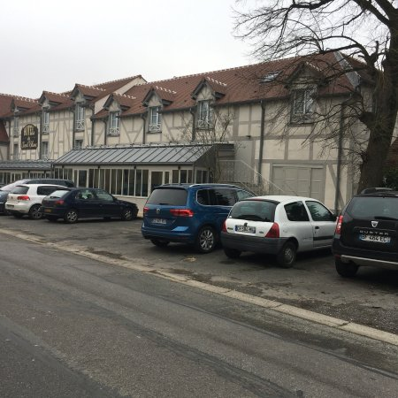 Jossigny, France : photo0.jpg