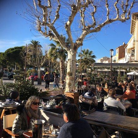 Le caf de france sainte maxime restaurant avis num ro de t l phone photos tripadvisor - Cafe de france sainte maxime ...
