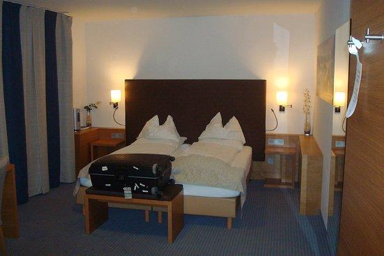Altstadt-Hotel Passau: The bed in the bedroom