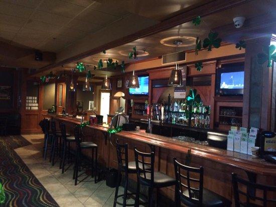 Sands Hotel Edmonton Bar