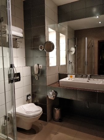 Friday Hotel Prague: IMG_20180104_232759_large.jpg