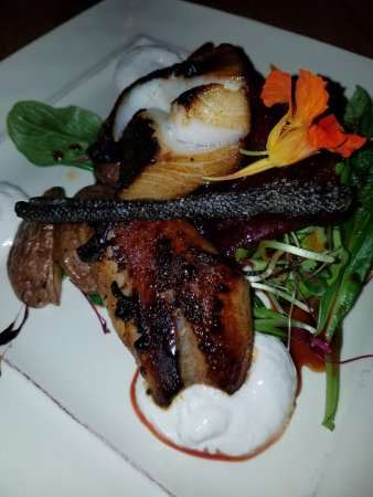 229 Parks Restaurant and Tavern: Black Cod Entree
