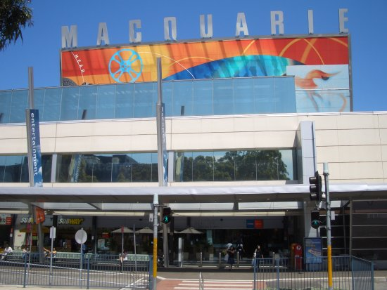 North Ryde, Australia: Located in Macquarie Shopping Centre