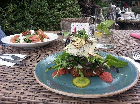 Mount Usher Gardens : Lunch.