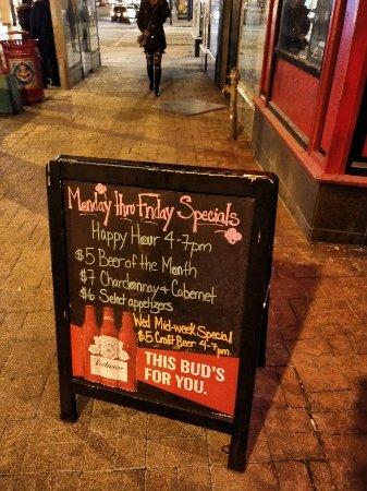 Fado Irish Pub: IMG_20180107_200235_DRO_large.jpg